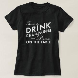 Hora de beber la camiseta negra de Champán Remera