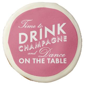 Hora de beber las galletas rosadas de Champán