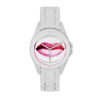 """""""Hora de conseguir"""" el reloj besado"""