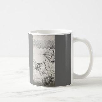 Hora de elevarse taza de café