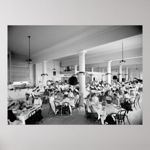 Hora de la almuerzo de las señoras, 1900 posters
