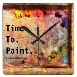 Hora de pintar el reloj de pared del estudio de la
