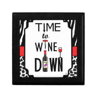 Hora de wine abajo cajas de recuerdo