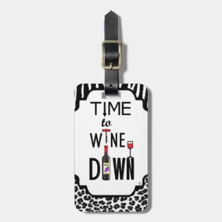 Hora de wine abajo etiquetas para equipaje