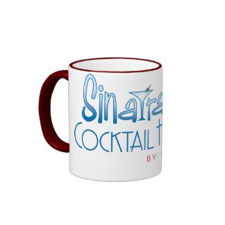 Hora del cóctel de Sinatra - taza del campanero