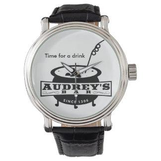"""Hora divertida para una bebida "" Relojes"