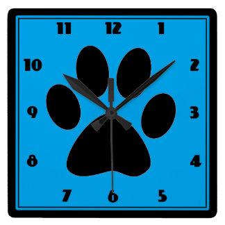 Hora para el reloj azul medio de Pawprint de los