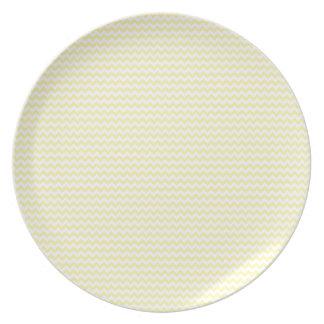 Horizontal Zigzag - Light Yellow and Corn Dinner Plates