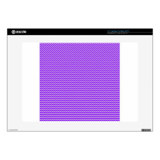 """Horizontal Zigzag - Thistle and Violet Decal For 15"""" Laptop"""