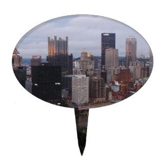 Horizonte aéreo de Pittsburgh en la puesta del sol Figura Para Tarta