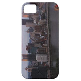 Horizonte aéreo de Pittsburgh en la puesta del sol Funda Para iPhone SE/5/5s