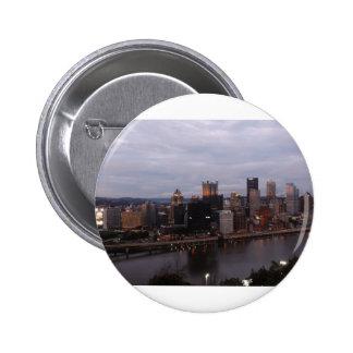 Horizonte aéreo de Pittsburgh en la puesta del sol Pins