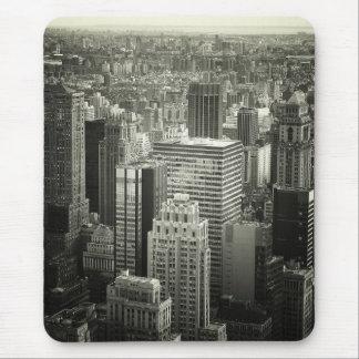 Horizonte blanco y negro de New York City Alfombrillas De Raton