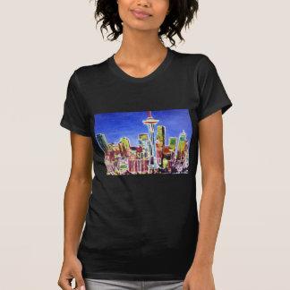 Horizonte brillante de Seattle con la aguja del Camisetas