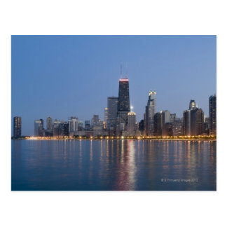Horizonte céntrico de Chicago Tarjetas Postales