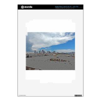 Horizonte céntrico de la ciudad de Denver Colorado iPad 3 Skins