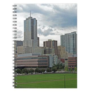 Horizonte céntrico de la ciudad de Denver Colorado Notebook