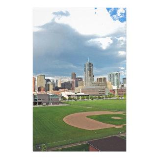Horizonte céntrico de la ciudad de Denver Colorado Papeleria