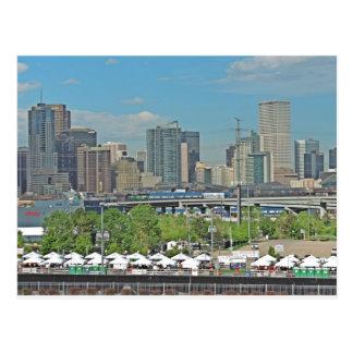 Horizonte céntrico de la ciudad de Denver Colorado Postales