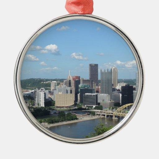 Horizonte céntrico de Pittsburgh de la antena Adornos De Navidad