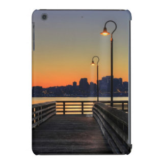 Horizonte céntrico de Seattle Washington Carcasa Para iPad Mini