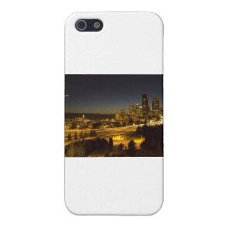 Horizonte céntrico de Seattle Washington en la pue iPhone 5 Protector