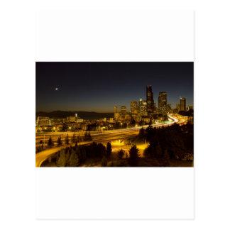 Horizonte céntrico de Seattle Washington en la Tarjetas Postales