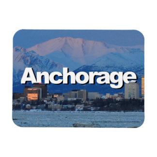 Horizonte de Anchorage Alaska con Anchorage en el Rectangle Magnet
