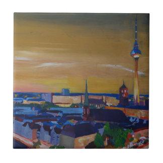 Horizonte de Berlín Alemania en la oscuridad Azulejo Cuadrado Pequeño