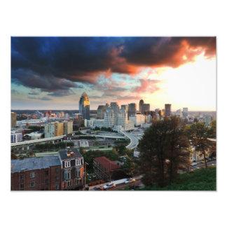 Horizonte de Cincinnati en la puesta del sol Fotografía