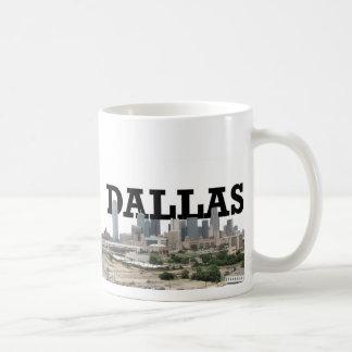 Horizonte de Dallas con Dallas en el cielo Taza Clásica