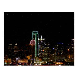 Horizonte de Dallas en la noche Postales