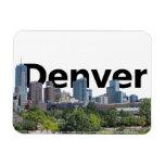 Horizonte de Denver CO con Denver en el cielo Imanes Flexibles