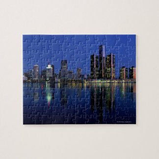 Horizonte de Detroit en la noche Puzzles Con Fotos