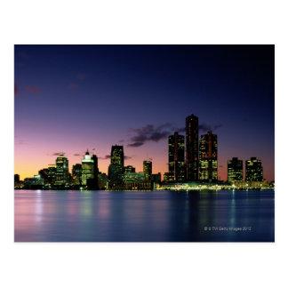 Horizonte de Detroit en la oscuridad 2 Tarjeta Postal