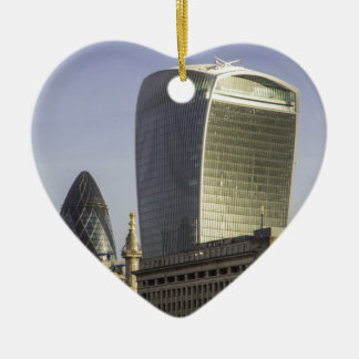 Horizonte de la ciudad de Londres Adorno Navideño De Cerámica En Forma De Corazón