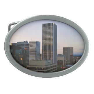 Horizonte de la ciudad de Portland en la oscuridad Hebillas Cinturon Ovales