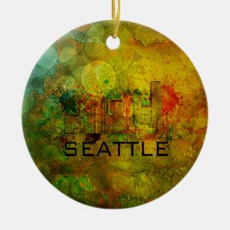 Horizonte de la ciudad de Seattle en el fondo Adorno Navideño Redondo De Cerámica