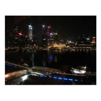 Horizonte de la ciudad de Singapur en la noche Tarjetas Postales