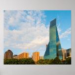 horizonte de la ciudad, una torre de la oficina de póster