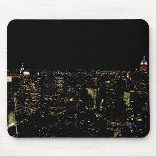 Horizonte de la noche de Nueva York Tapete De Ratones