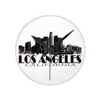 Horizonte de la oscuridad de Los Ángeles Californi Reloj Redondo Mediano
