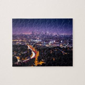 Horizonte de Los Ángeles, California en la noche Puzzle
