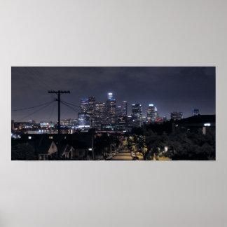 Horizonte de Los Ángeles en la noche 2 Póster