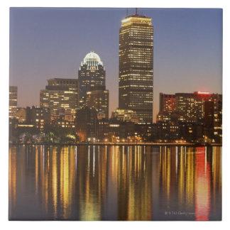 Horizonte de los E.E.U.U., Massachusetts, Boston e Teja Ceramica