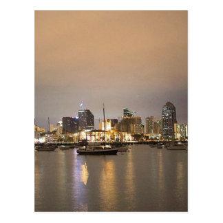 Horizonte de los veleros de San Diego de la noche Tarjeta Postal