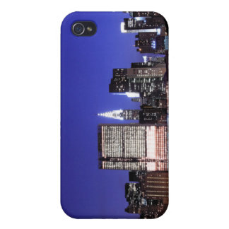 Horizonte de Manhattan en las luces de la noche N iPhone 4/4S Funda