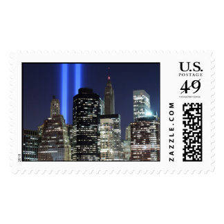 Horizonte de Manhattan y las torres de la luz Sellos