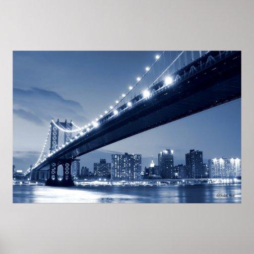 Horizonte de Manhattan y puente de Manhattan en la Póster