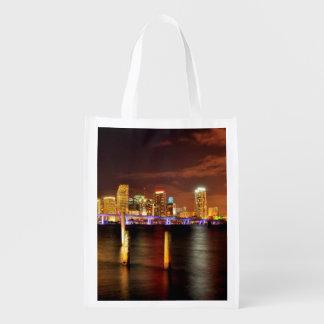Horizonte de Miami en la noche, la Florida Bolsa De La Compra